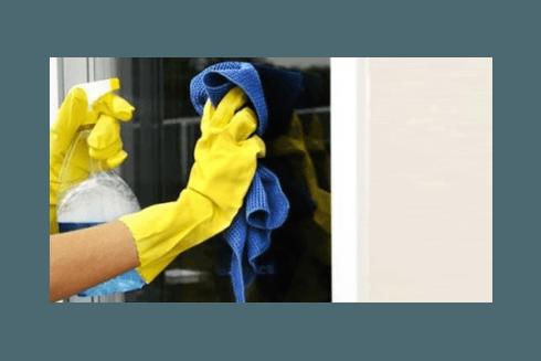 Il personale della nostra ditta, la VB, si incarica di eseguire pulizie presso uffici e condomini.