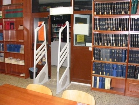 protezione libri, sistemi di protezione, etichette per libri