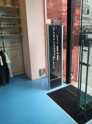 vista del negozio con sistema antitaccheggio