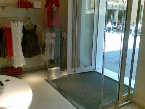 placche, accessori per la sicurezza, antitaccheggio per negozi di abbigliamento