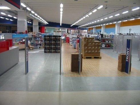 antitaccheggio per prodotti elettronici, controllo music shop, sicurezza negozi di elettronica