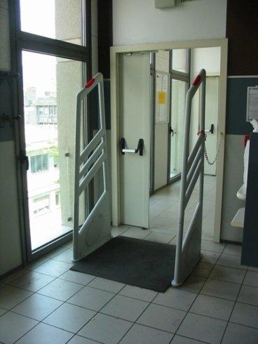installazione antifurto, manutenzione sistemi di allarme, placche di sicurezza