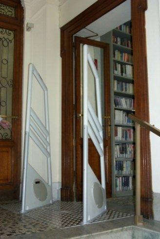 sistemi di allarme, gestione biblioteca, scatole protettive per libri