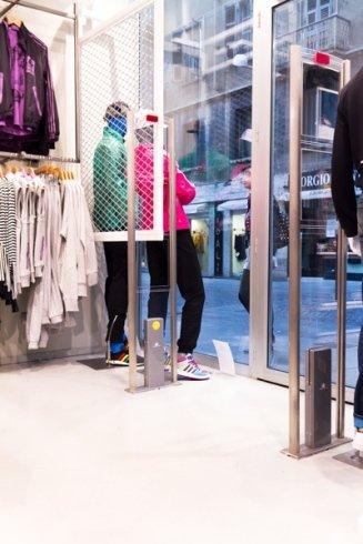sicurezza, antitaccheggio per negozi