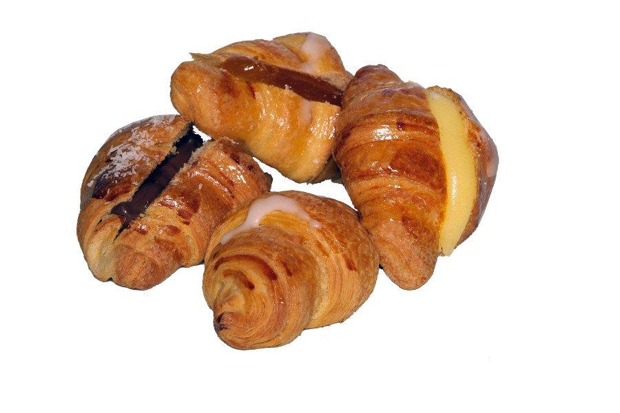 croissant dolce mignon