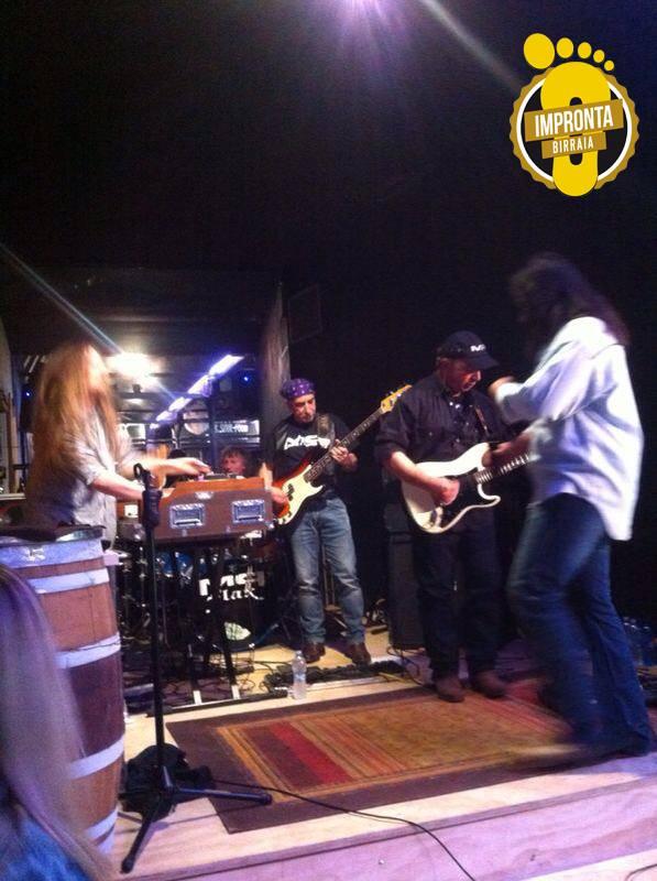 band suona live