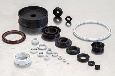 Gaskets for pneumatic cylinders