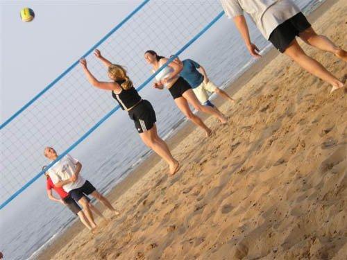 partita di beach volley