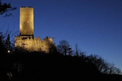 illuminazione, progettazione illuminazione strutture, castelli