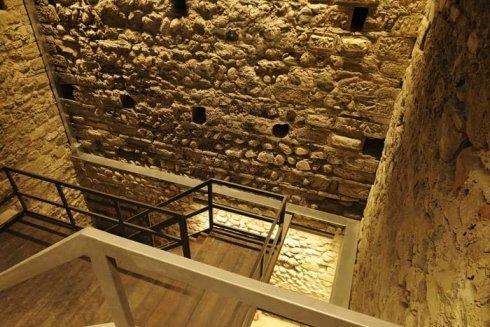 impianti d' illuminazione, castelli, valutazione pareti