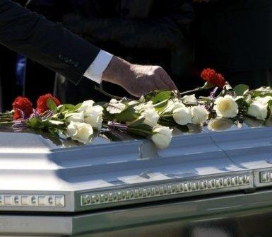 disbrigo di pratiche comunali, trasporti funebri internazionali, agenzia funebre