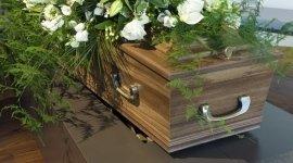 tumulazioni, vestizione salme, vendita articoli funerari