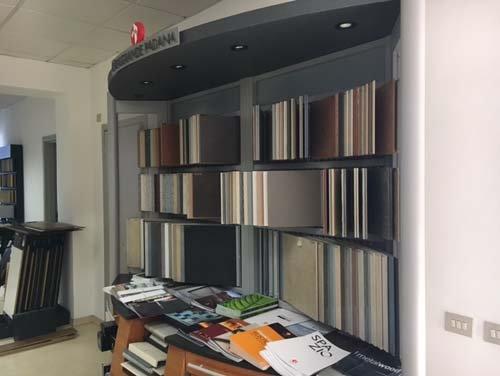 ufficio scelta colore serramenti