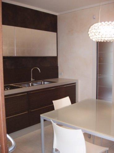 cucina con lavello, cucine moderne