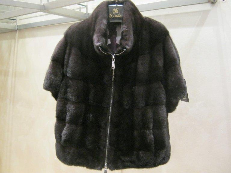 capo di pelliccia nero