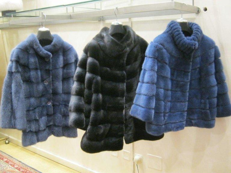 capi di pelliccia colorata