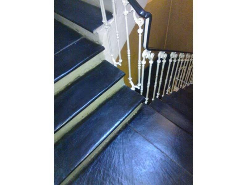 Pulizia scale casa