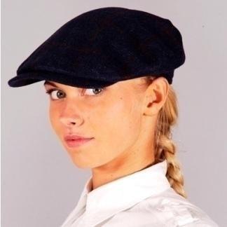 Woman's black flat cap