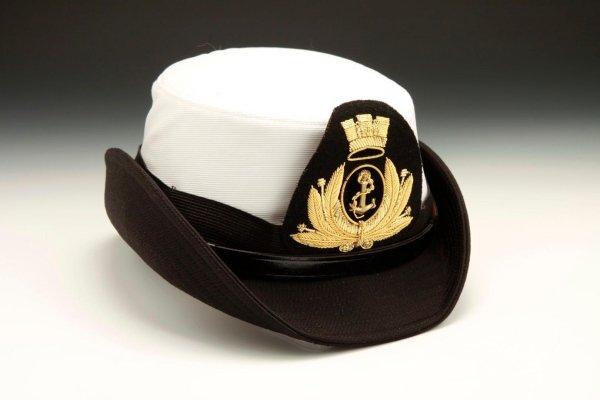 Cappello femminile per divisa ufficiale