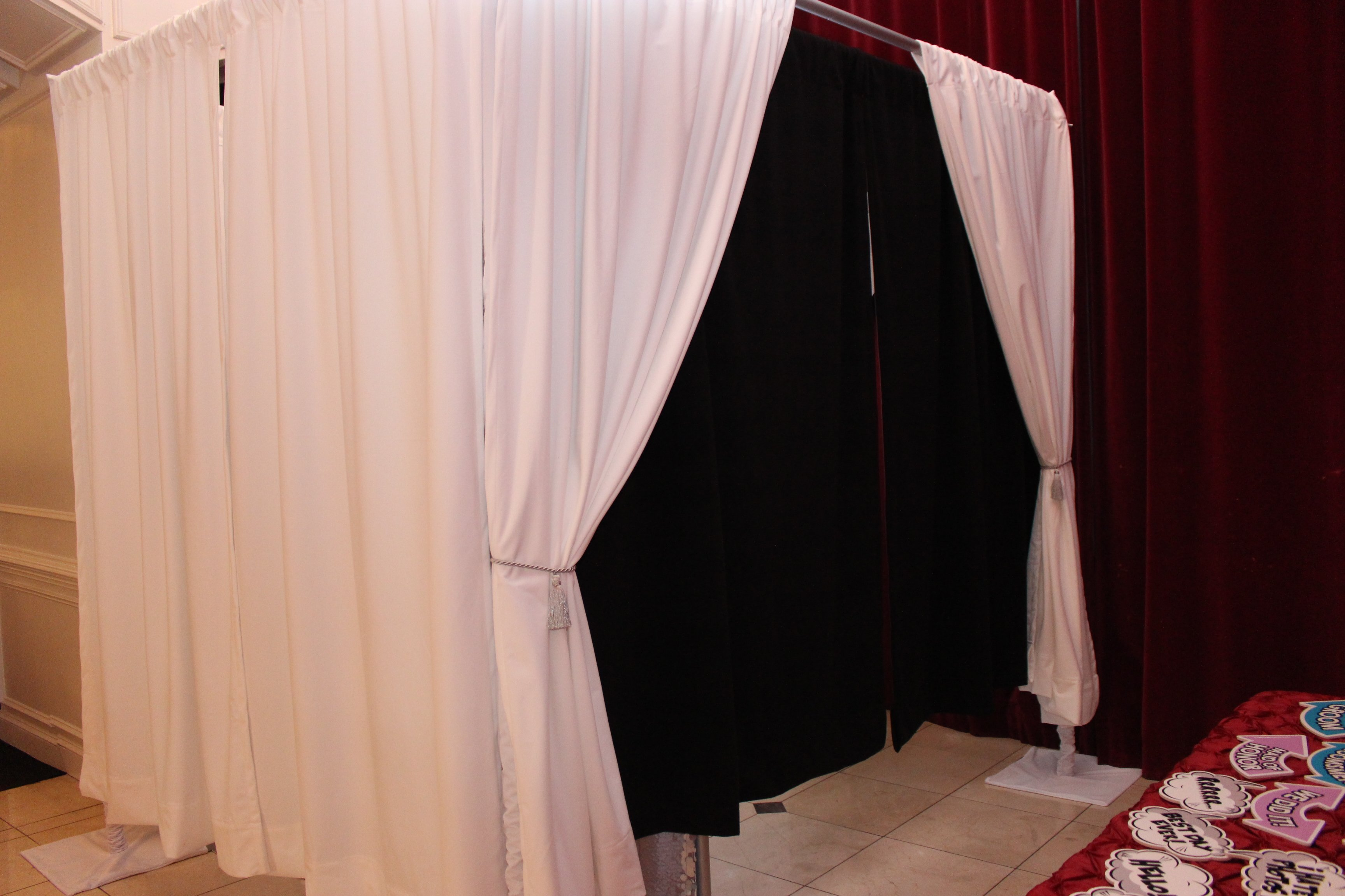 our enclosed photo booth option