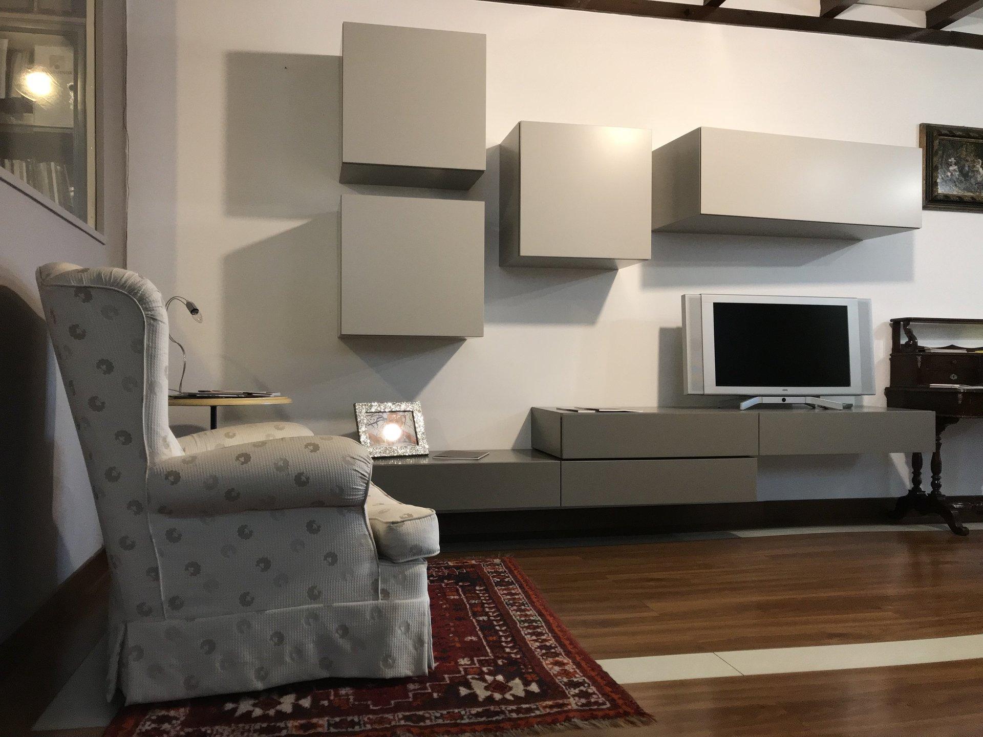 poltrone e mobili soggiorno