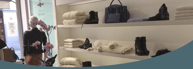 accessori, borsa e capi di abbigliamento per donna