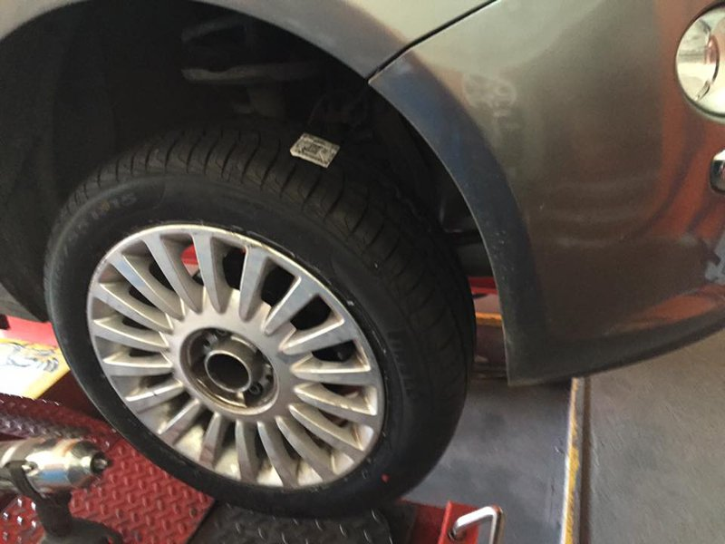 sostituzione pneumatici a autofficina