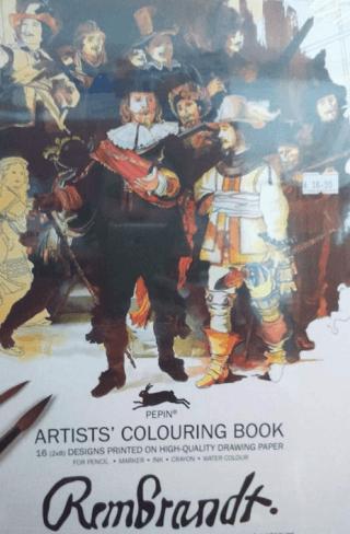 libri, pennelli, tele per pittori