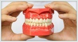 protesi dentarie su misura