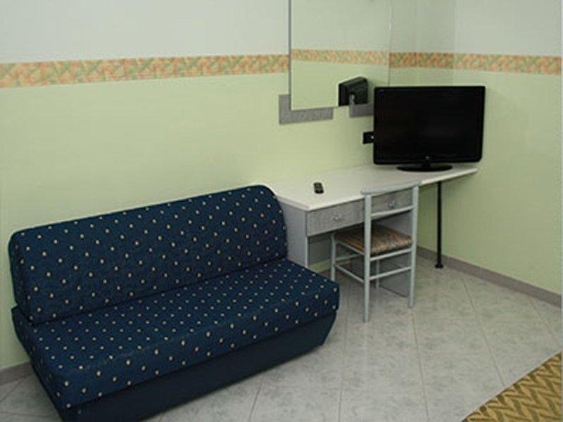 camera con divanetto