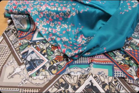Stoffe e tessuti per abiti e accessori.
