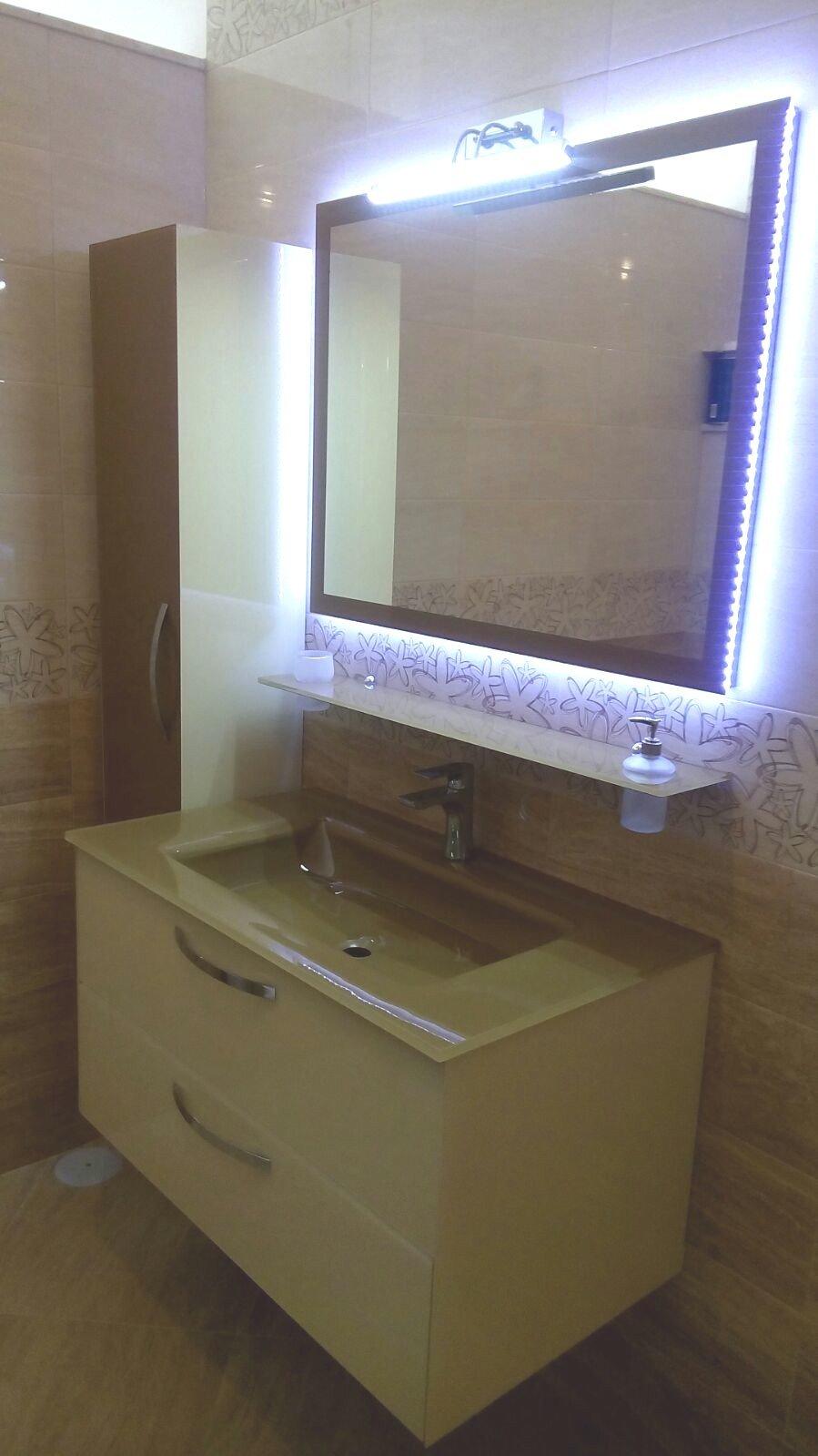Mobile da bagno in cristallo design moderno