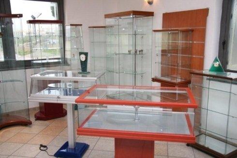 vetrine su misura per negozi
