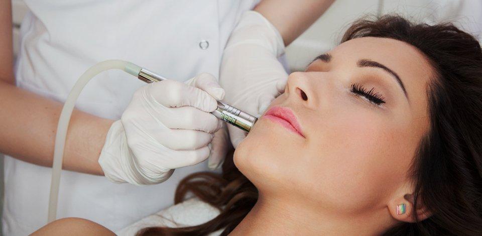 facial treatment in progress