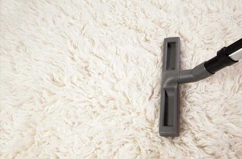 white fur carpet