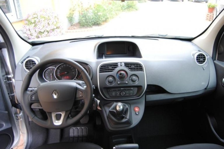 Renault Kangoo dashboard