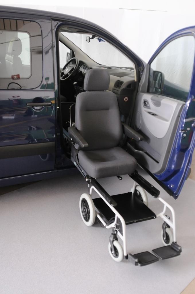 Trasferimento disabili su veicoliaTransfert de personnes handicapées dans des véhicules