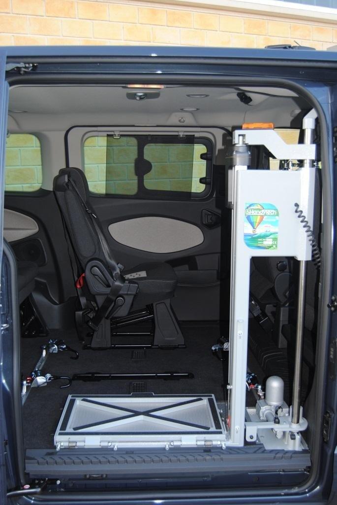 Trasferimento disabili su veicoli
