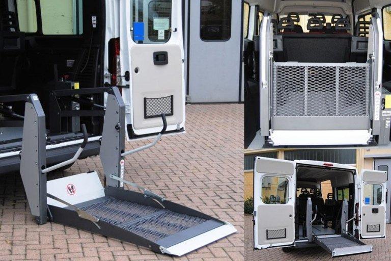 Transfert de personnes handicapées dans des véhicules
