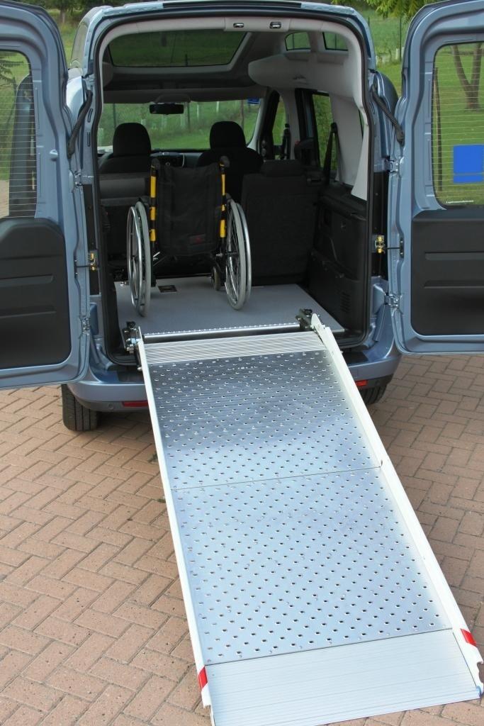 Transferencia de discapacitados a los vehículos