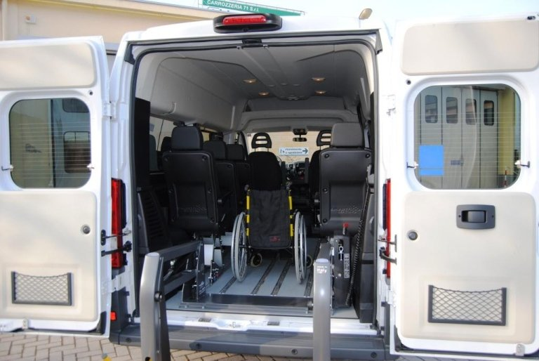 Fiat Doblò equipped for disabled people