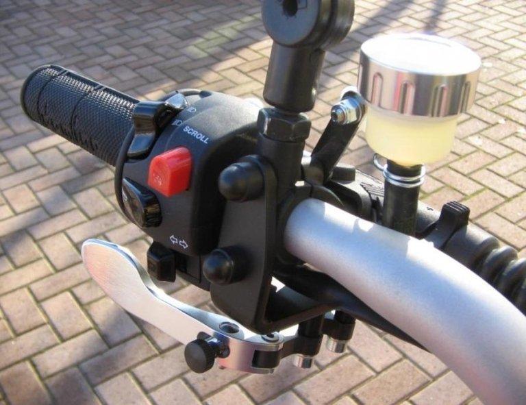 Accesorios para motocicletas y discapacitados
