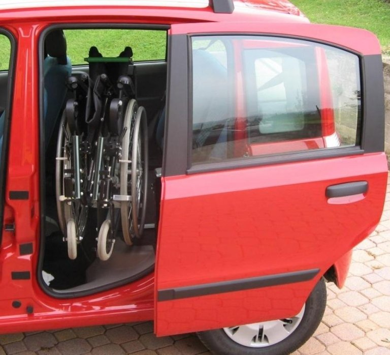 Systeme zur Rollstuhlverladung