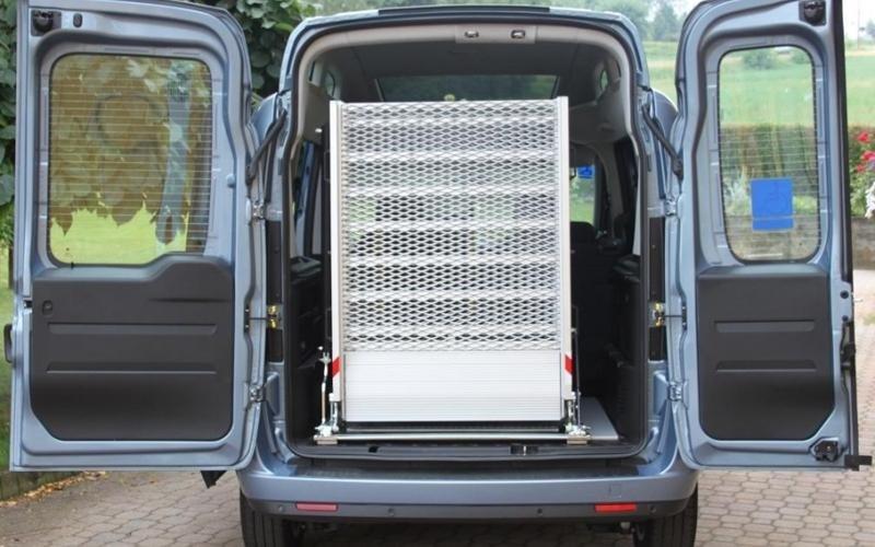 Doblò Light rear door