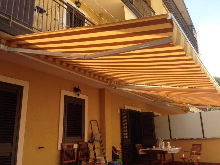 realizzazione e montaggio di tende da sole