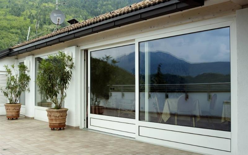 realizzazione porta finestra scorrevole pvc Vision