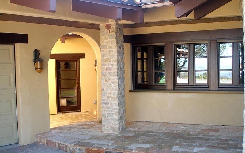 Porte e finestre in legno