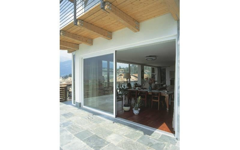 installazione porta finestra scorrevole in pvc