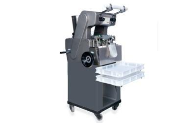 máquina de 'tortellini'