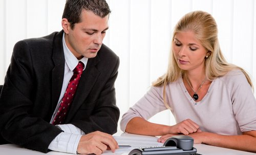 Professional in a consultation session with the customer